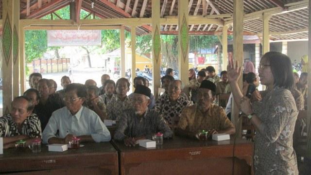 Sosialisasi UU 6/2014 tentang Desa Menggugah Kesadaran Masyarakat Sipil Desa Ponjong